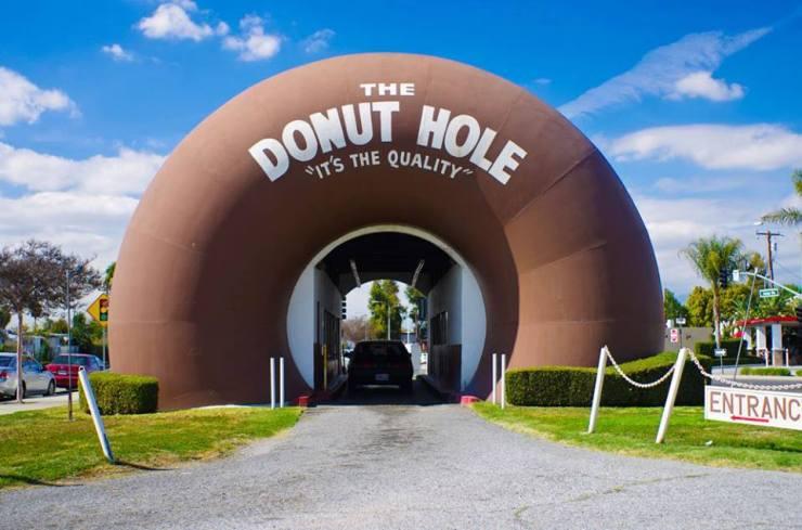 the donut hole.jpg